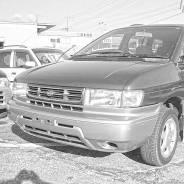Решетка радиатора Nissan Prairie Joy '95-'98 контрактная
