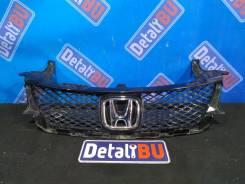 Решетка радиатора Honda Civic 9 5D рест 2013-2016