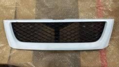 Решетка радиатора Subaru Forester SF