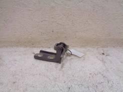 Петля двери Chevrolet Orlando 2011>