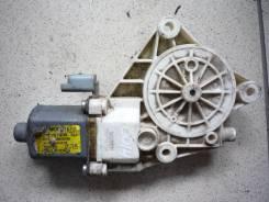 Моторчик стеклоподъемника правый Kia Magentis 2005-2010