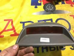Стоп-сигнал в салоне Toyota Corona Premio Premio