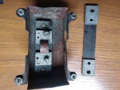 Продаю добавочное сопротивление, крепление щитка приборов дв. 3Д6 и д