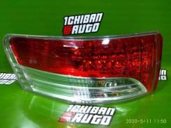 Стоп-сигнал Toyota Avensis, левый задний