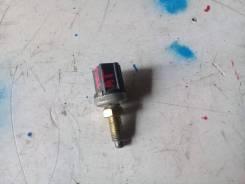 Концевик под педаль тормоза