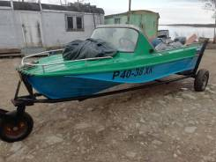 Продам моторную лодку Казанка 5 м 2, мотор Ямаха 40