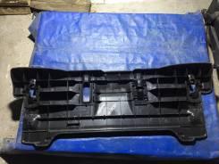 Пол багажника пластик