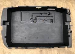 Ящик в багажник Toyota Prius NHW20