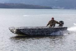 Моторная лодка-болoтоxод DFR 20 River, алюминиевый корпус, под водомёт