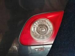 Фонарь в крышку багажника правый Volkswagen Passat B6
