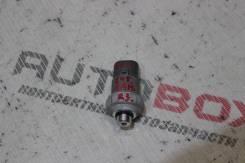 Датчик давления фреона Toyota Premio ZZT245
