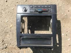 Центральная консоль/рамка под магнитолу Nissan maxima A32