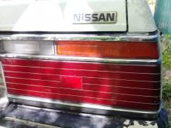 Продам задний правый стоп сигнал на Nissan Laurel FJC32
