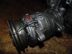 Компрессор кондиционера Nissan Serena 1997 [926003C900] KVNC23 CD20