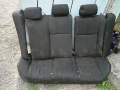 Продам задние сиденье Toyota Corolla