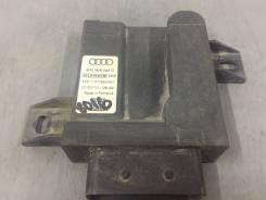 Блок управления топливным насосом Audi A8 D4
