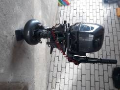 Лодочный мотор Ямаха 9,9 водомёт.