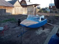 Продам лодку с рулевым упровлением