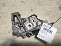 Кронштейн натяжителя ГРМ Subaru Forester [13156AA052] EJ152