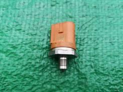 Датчик давления топлива 06J906051D Шкода, VW, Ауди