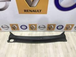 Жабо Renault Sandero Stepway 2 2014 [668115673R]