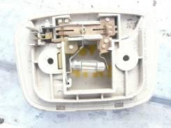 Плафон салонный центральный Mitsubishi Lancer Cedia MR748283