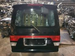 Дверь багажника на Mazda Bongo Friendee
