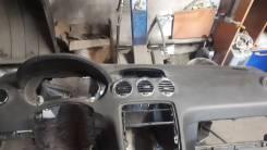 Продам торпедо на Пежо 308 2008 года
