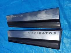 Молдинг двери передней Lincoln Navigator 3, 08 г 5.4L 4WD