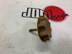 Крепление запасного колеса Toyota Aristo JZS160 JZS161
