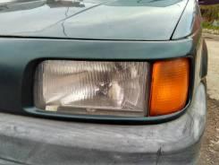 Фара левая VW Passat 1988-1993