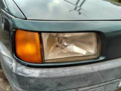Фара правая VW Passat 1988-1993
