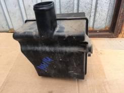 Резонатор воздушного фильтра Nissan Bluebird HU14