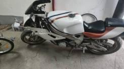 Yamaha FZR, 1988