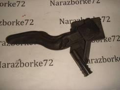 Ручка открывания капота Opel Astra H 218186591