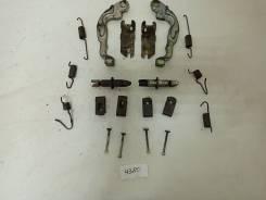 Механизм колодок ручного тормоза Toyota RAV4 ACA33