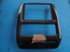 Рамка магнитофона Toyota Noah 1997