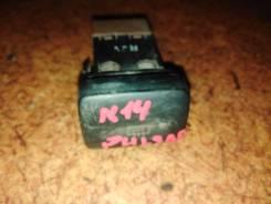 Кнопка обогрева заднего стекла Nissan Pulsar FN14 GA15