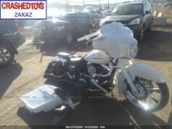 Harley-Davidson Street Glide FLHX, 2012