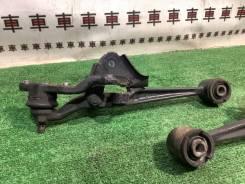 Рычаги передние поперечные развальные Toyota Mark2 110
