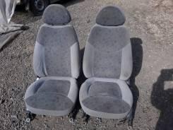 Сиденья передние