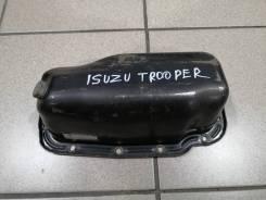 Поддон двигателя Isuzu Trooper 1999 года