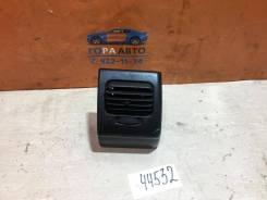 Дефлектор воздушный правый VW Golf III/Vento 1991-1997 VW Golf III / Vento 1991-1997