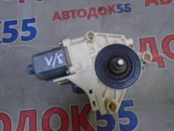 Моторчик стеклоподъемника Renault Fluence, левый задний