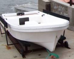 Продам моторную лодку Бриз 14