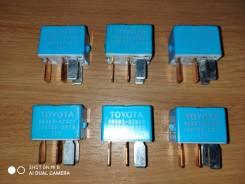 Реле противотуманных фар Toyota.