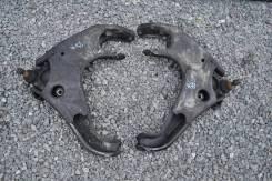 Рычаг нижнн. Mazda Proceed Marvie, левый передний