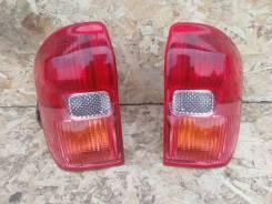 Задние фонари (пара) оригинал Toyota RAV4