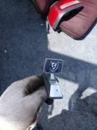 Продам эмблему на Nissan Laurel/ Nissan Laurel Spirit FB12