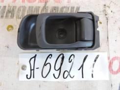 Ручка двери внутренняя правая Nissan NP300 (D22) 2008> [806702S41A]